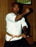 Me Oyata qui enseigna empiriquement le jeune Dillman et le mit sur la voie du Kyusho-Jitsu